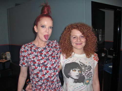WM Shirley Manson, Alex